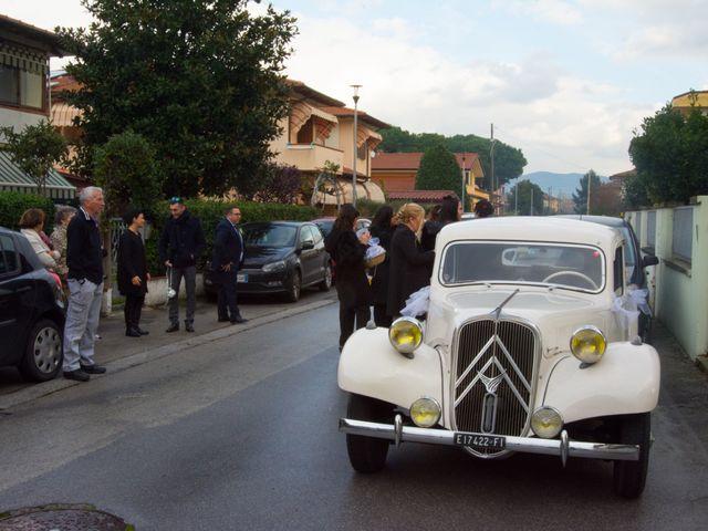 Il matrimonio di Dario e Nadia a Viareggio, Lucca 20