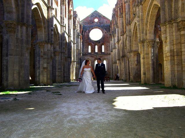 Il matrimonio di Nicola e Giada a Chiusdino, Siena 2