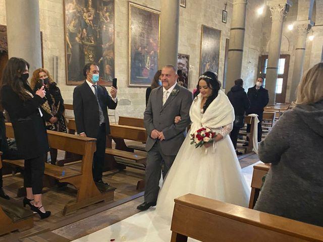 Il matrimonio di Mishael  e Milena  a Pistoia, Pistoia 28