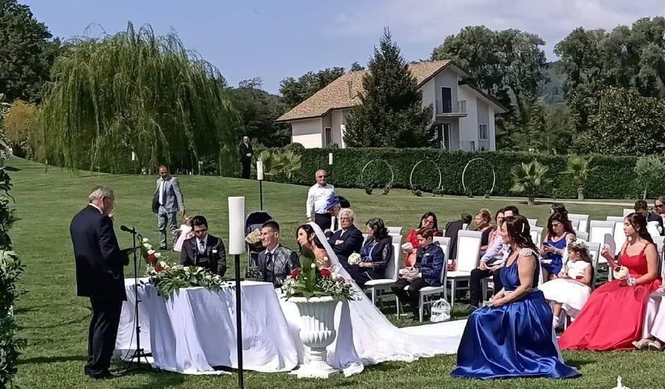 Il matrimonio di Daniele  e Marika a Torre di Ruggiero, Catanzaro