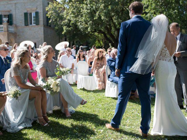 Il matrimonio di Stewart e Natalie a Tolentino, Macerata 37