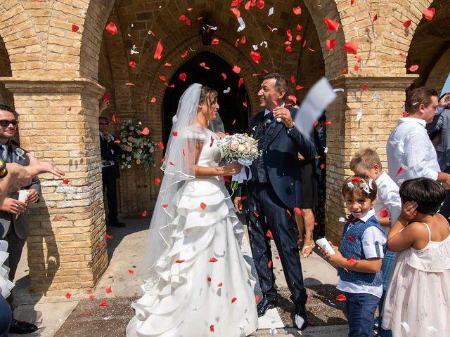 Il matrimonio di Fabrizio e Annarita a Vasto, Chieti 42