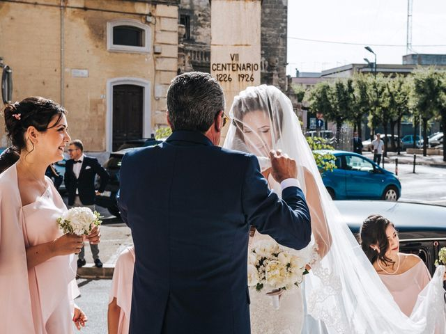 Il matrimonio di Emanuele e Lucilla a Salice Salentino, Lecce 26