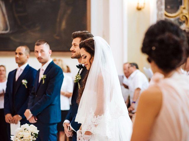 Il matrimonio di Emanuele e Lucilla a Salice Salentino, Lecce 31