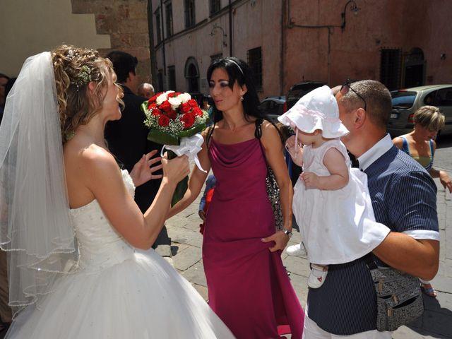 Il matrimonio di Mircea e Angela a Lucca, Lucca 21