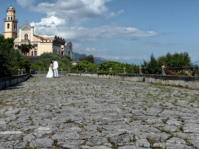 Il matrimonio di John e Elsa a Amalfi, Salerno 14
