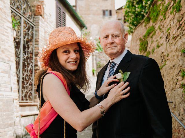 Il matrimonio di Enrico e Sara a Certaldo, Firenze 30