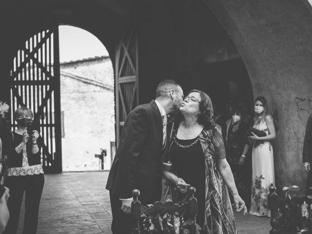 Il matrimonio di Enrico e Sara a Certaldo, Firenze 34
