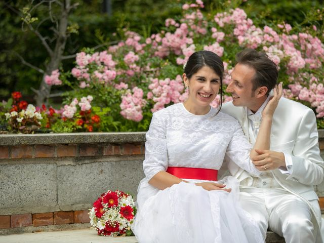 Il matrimonio di Felice e Antonella a Casatenovo, Lecco 19