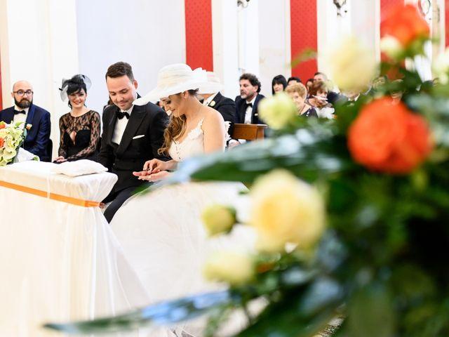 Il matrimonio di Francesco e Myrhiam a Pozzallo, Ragusa 13