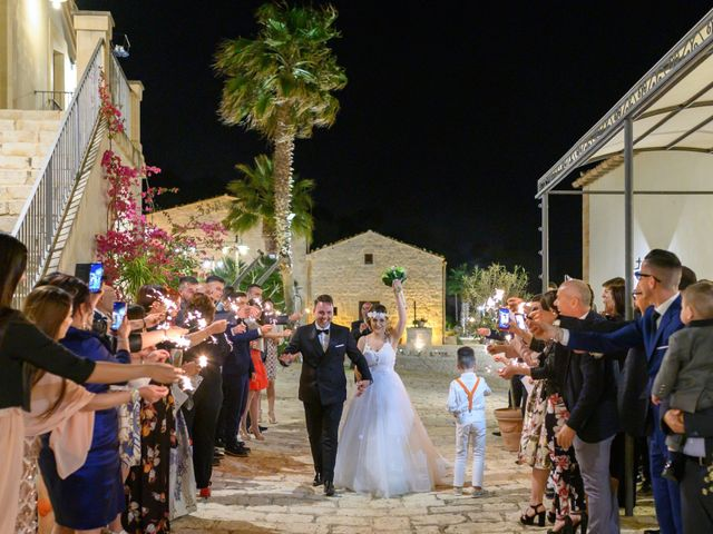 Il matrimonio di Francesco e Myrhiam a Pozzallo, Ragusa 20