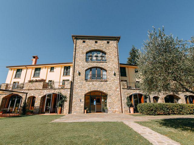 Il matrimonio di Chai e Alessandra a Pontremoli, Massa Carrara 1