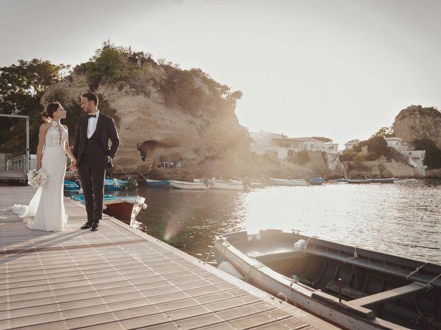 Il matrimonio di Luisa e Antonio a Bacoli, Napoli 25