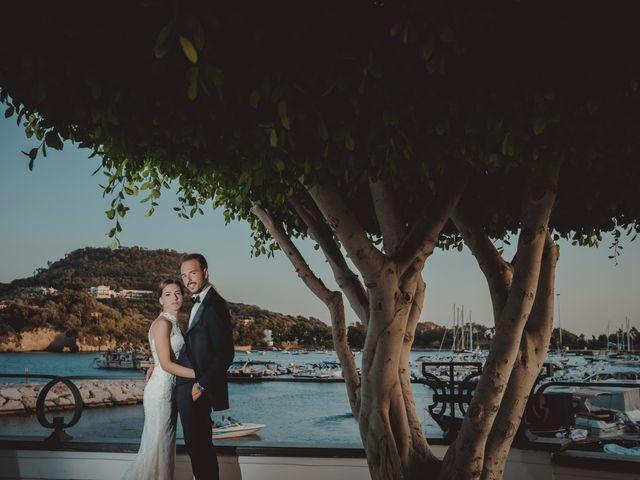 Il matrimonio di Luisa e Antonio a Bacoli, Napoli 37
