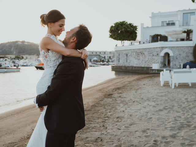 Il matrimonio di Luisa e Antonio a Bacoli, Napoli 41