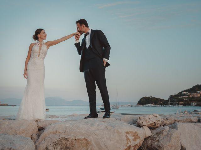 Il matrimonio di Luisa e Antonio a Bacoli, Napoli 43