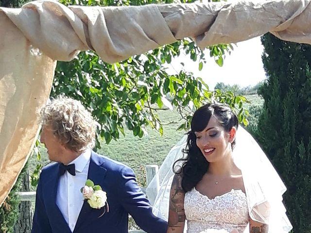 Il matrimonio di Claudio e Tamara a Lajatico, Pisa 8
