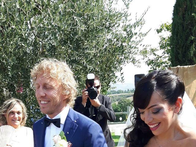 Il matrimonio di Claudio e Tamara a Lajatico, Pisa 9