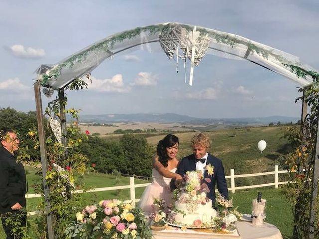 Il matrimonio di Claudio e Tamara a Lajatico, Pisa 14