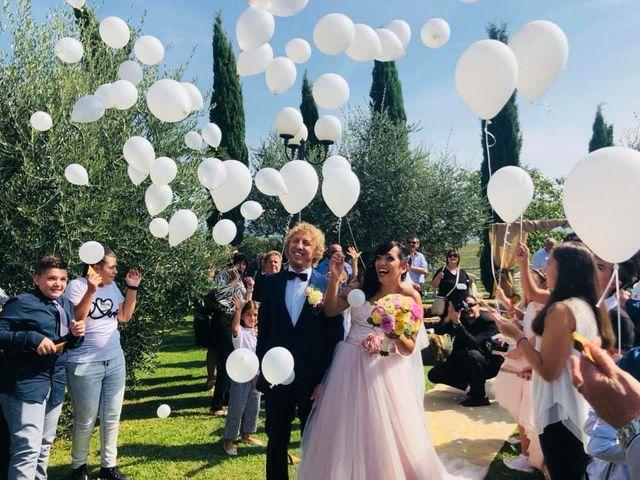 Il matrimonio di Claudio e Tamara a Lajatico, Pisa 16