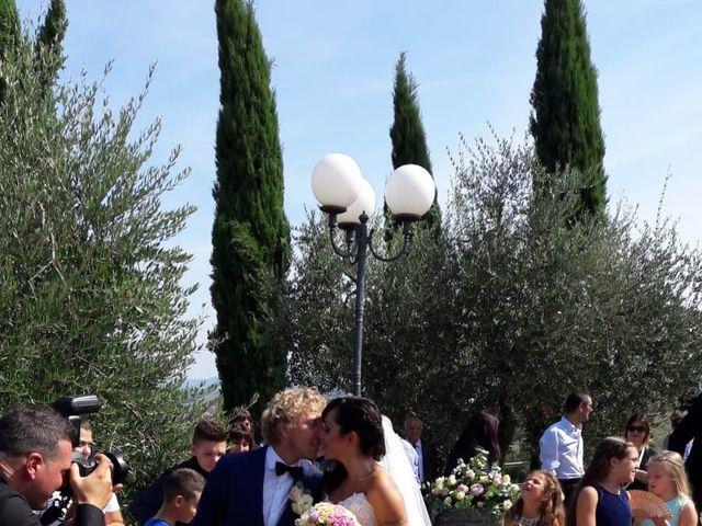 Il matrimonio di Claudio e Tamara a Lajatico, Pisa 19