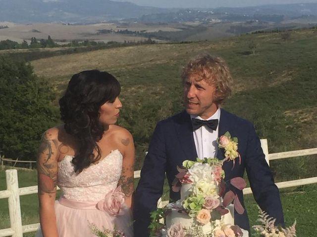 Il matrimonio di Claudio e Tamara a Lajatico, Pisa 27