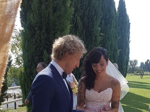 Il matrimonio di Claudio e Tamara a Lajatico, Pisa 31