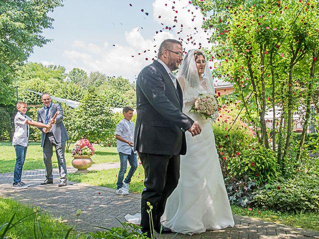 Il matrimonio di Luca e Costanza a Barzanò, Lecco 19