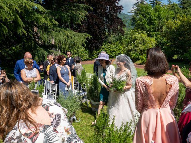 Il matrimonio di Luca e Linda a Erba, Como 1