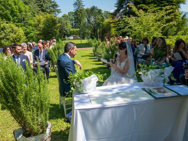 Il matrimonio di Luca e Linda a Erba, Como 6