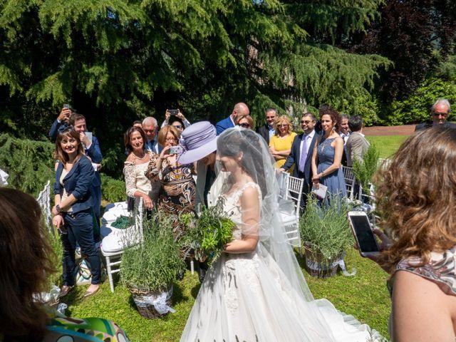 Il matrimonio di Luca e Linda a Erba, Como 9