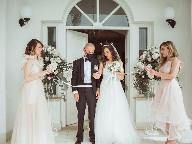 Il matrimonio di Davide e Debora a Fondi, Latina 21