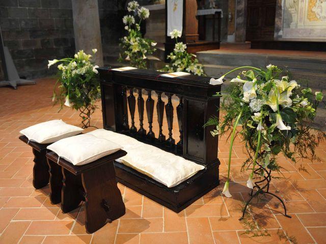 Il matrimonio di Isabella e Luca a Montecarlo, Lucca 9