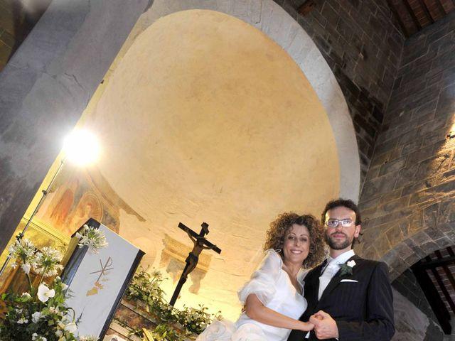 Il matrimonio di Isabella e Luca a Montecarlo, Lucca 17