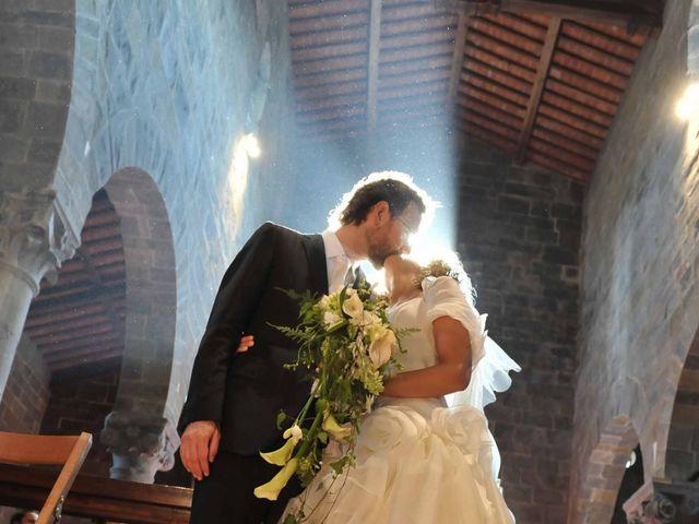 Il matrimonio di Isabella e Luca a Montecarlo, Lucca 18