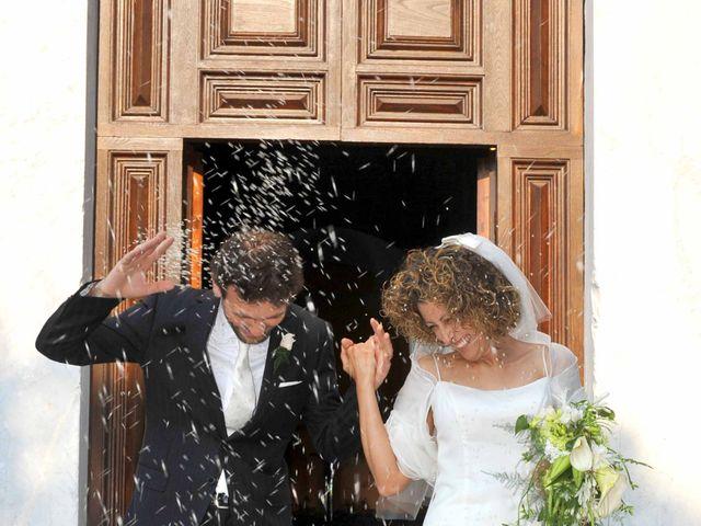 Il matrimonio di Isabella e Luca a Montecarlo, Lucca 19