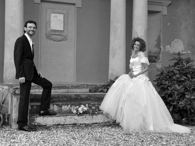 Il matrimonio di Isabella e Luca a Montecarlo, Lucca 23