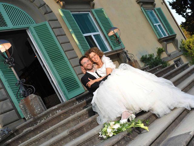 Il matrimonio di Isabella e Luca a Montecarlo, Lucca 25