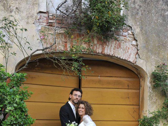 Il matrimonio di Isabella e Luca a Montecarlo, Lucca 33