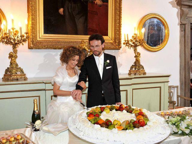 Il matrimonio di Isabella e Luca a Montecarlo, Lucca 37