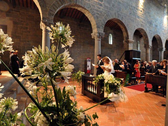 Il matrimonio di Isabella e Luca a Montecarlo, Lucca 40
