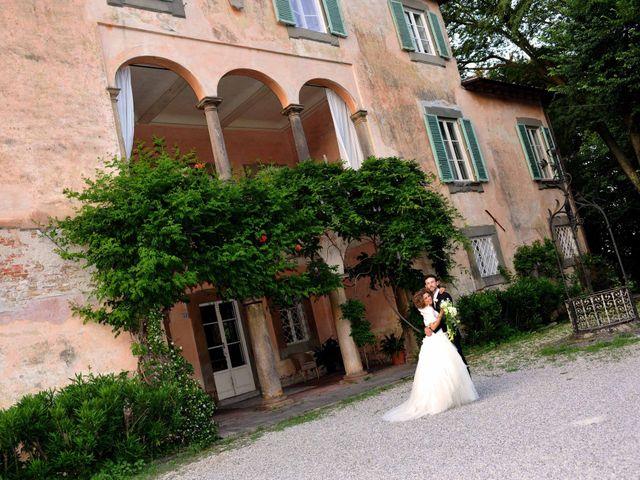 Il matrimonio di Isabella e Luca a Montecarlo, Lucca 58
