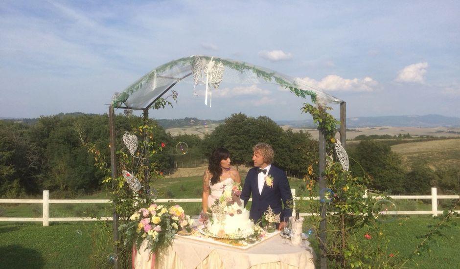 Il matrimonio di Claudio e Tamara a Lajatico, Pisa