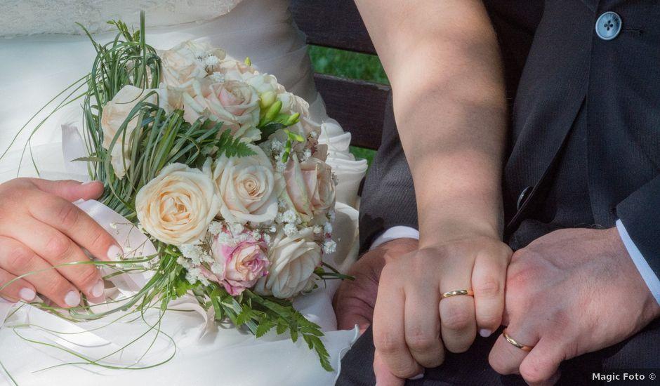 Il matrimonio di Luca e Costanza a Barzanò, Lecco