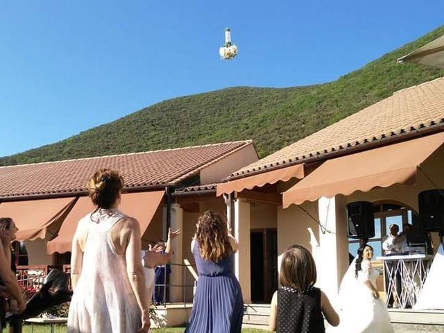 Il matrimonio di Massimo e Sandra Elizabeth a Roccantica, Rieti 29