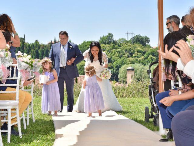 Il matrimonio di Massimo e Sandra Elizabeth a Roccantica, Rieti 11