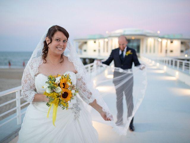 Il matrimonio di Fabrizio  e Elisa  a Senigallia, Ancona 19
