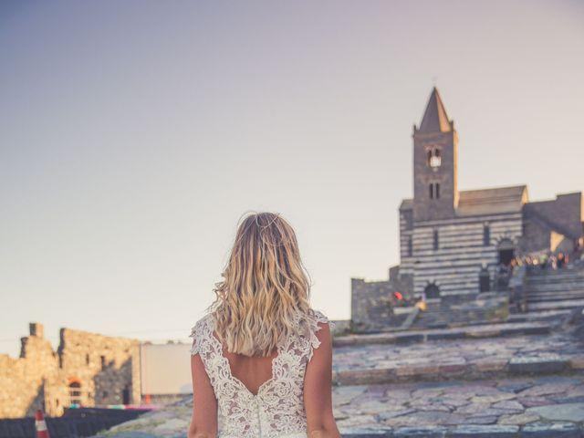 Il matrimonio di Costel e Crina a Portovenere, La Spezia 22