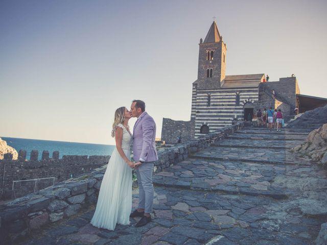 Il matrimonio di Costel e Crina a Portovenere, La Spezia 28