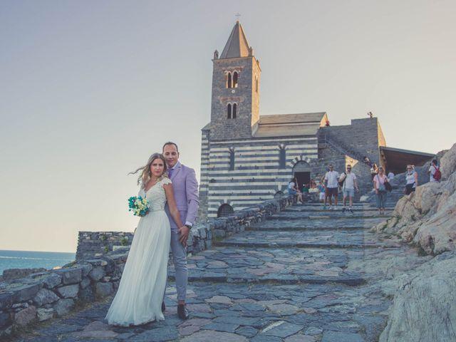 Il matrimonio di Costel e Crina a Portovenere, La Spezia 29